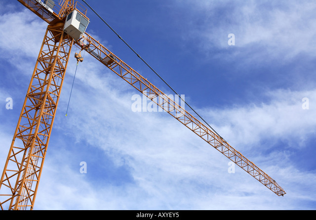 Large Construction Crane Against Blue Sky - Stock-Bilder