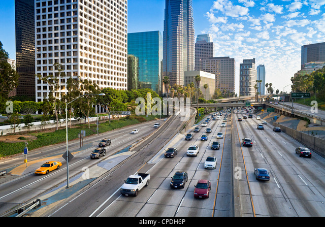 The 110 Harbour Freeway and Downtown Los Angeles skyline, California, United States of America, North America - Stock-Bilder