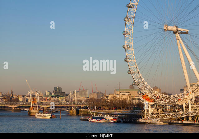 London Eye on a hazy January afternoon - Stock Image