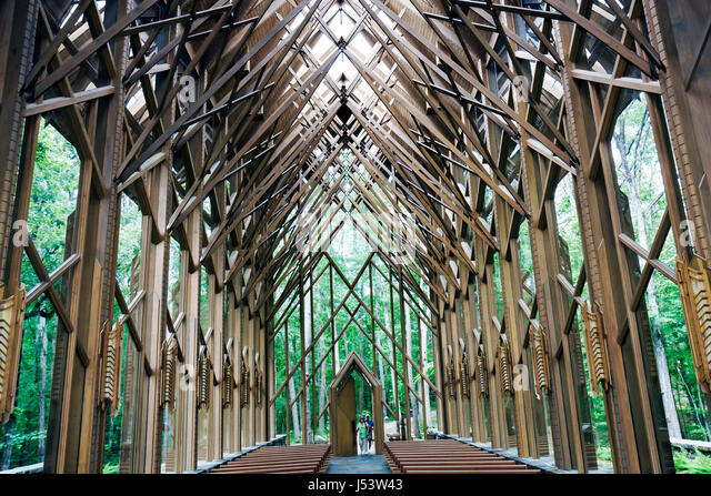 Arkansas Hot Springs Garvan Woodland Gardens Anthony Cathedral chapel religion wood glass structure designer Jennings - Stock Image