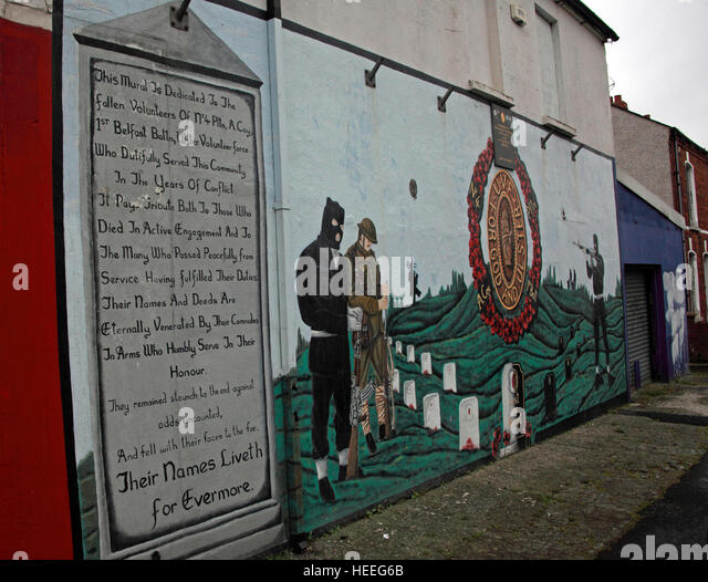 Belfast Unionist,UVF  Loyalist Murals,For God and Ulster,No 4 Pltn - Stock Image