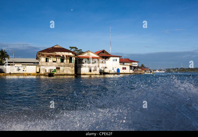 Boat trip past Colon Island in the Bocas del Toro, Panama, Central America - Stock Image
