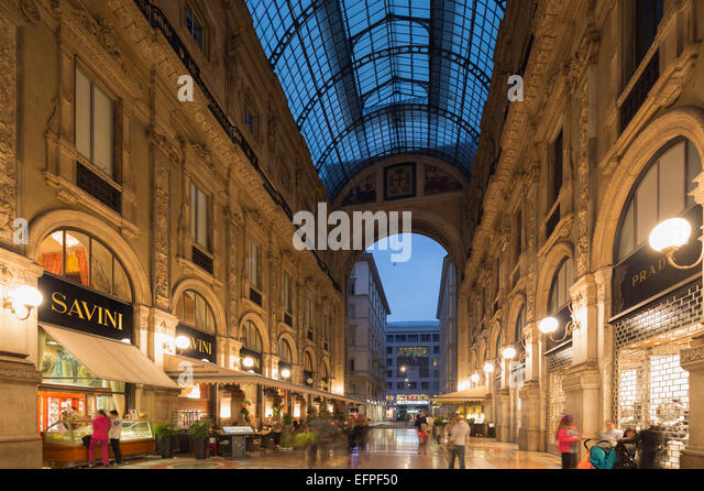 Vittorio Emmanuel II Gallery (Galleria Vittorio Emanuele II), Piazza del Duomo, Milan, Lombardy, Italy, Europe - Stock Image