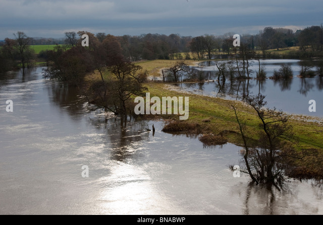 The Dee with flooded fields from the A55 bridge on 28/11/2009. - Stock Image