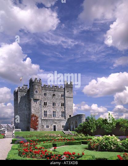 Kilkea castle stock photos kilkea castle stock images for Kildare castle