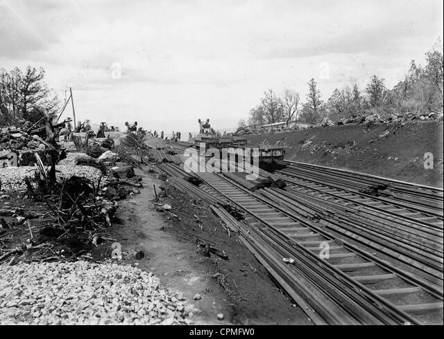 Uganda railway in British East-Africa at the beginning of the 20th century - Stock Image