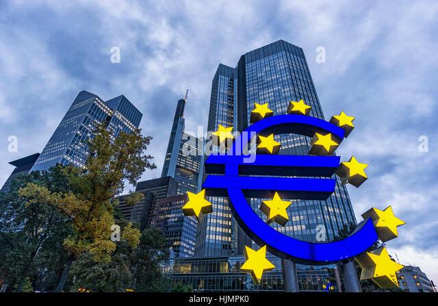 Germany, Hessen, Frankfurt-am-Main, Euro Tower, Euro Symbol, Willy Brandt Platz, skyline, Commerzbank, - Stock-Bilder