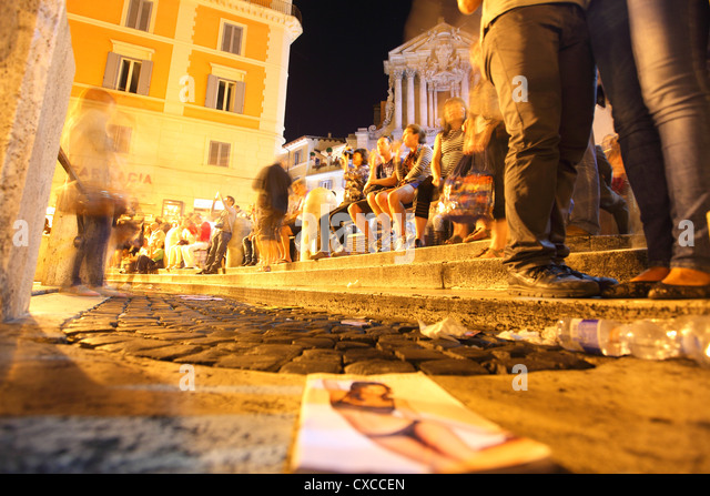 Italy, Rome, Piazza di Trevi, Trevi fountains, fountain in evening, night - Stock Image