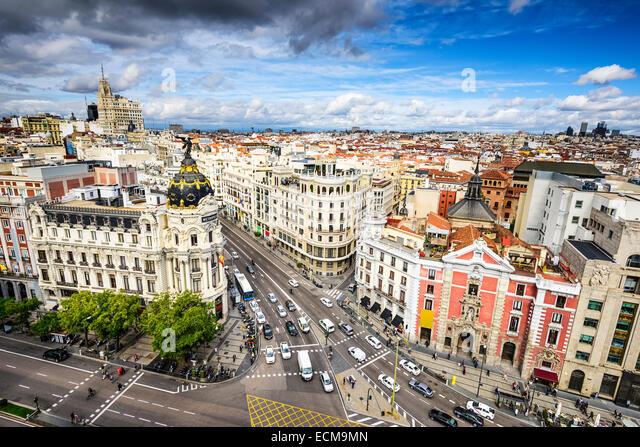 Madrid, Spain cityscape above Gran Via shopping street. - Stock-Bilder