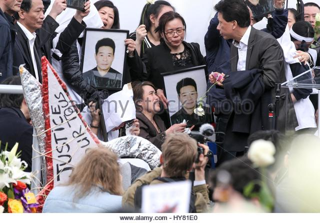 Paris, France. 2nd Apr, 2017. A memorial for Shaoyao Liu, a 56-year-old father killed by police last week, turns - Stock Image