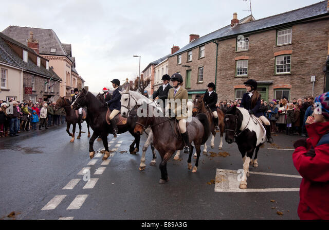 Boxing day hunt pulls out in Hay on Wye - Stock Image