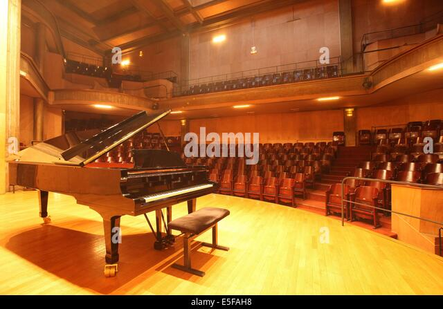 salle de musique stock photos salle de musique stock images alamy. Black Bedroom Furniture Sets. Home Design Ideas
