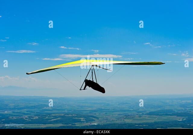 Hang glider, Swiss Plateau, Mauborget, Vaud, Switzerland - Stock Image