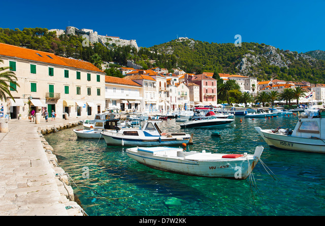 Hvar harbour and Fortica (Spanish Fortress), Hvar Island, Dalmatian Coast, Adriatic, Croatia - Stock Image