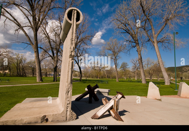Berlin Wall Memorial Park Rapid City South Dakota genuine wall segment, tank traps - Stock Image