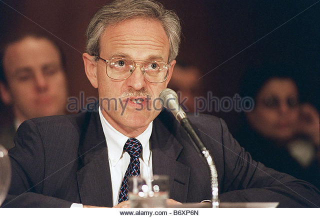 5 14 98 US POLICY TOWARD IRAN Martin S Indyk Assistant Secretary of State for near eastern affairs testifies before - Stock Image