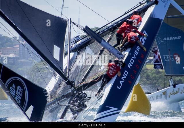 Sydney, Australia. 08th Dec, 2016. Land Rover BAR Academy (GBR), skippered by Neil Hunter (GBR) sailors scramble - Stock Image