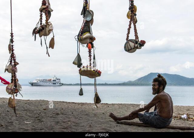 Local beach seller Kuiawa, Papua New Guinea - Stock-Bilder