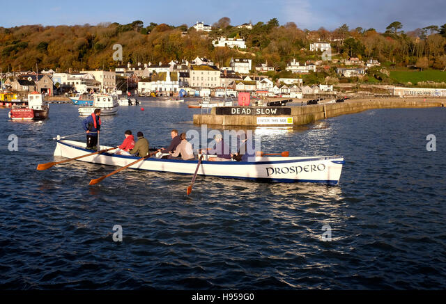 Lyme Regis Dorset, UK. 19th Nov, 2016. Members of the Lyme Gig Club head out to sea from Lyme Regis on a beautiful - Stock Image