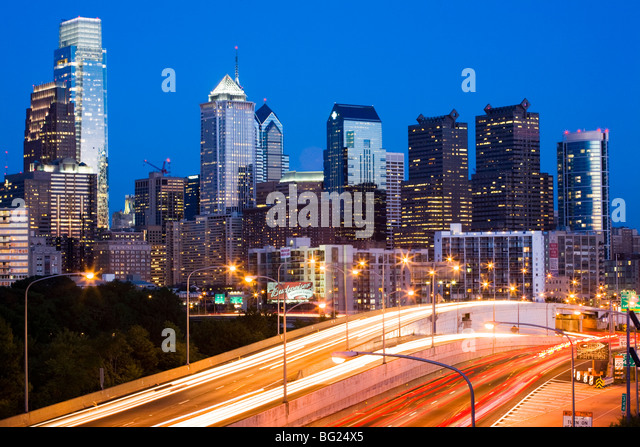Dusk skyline of Philadelphia, Pennsylvania - Stock-Bilder
