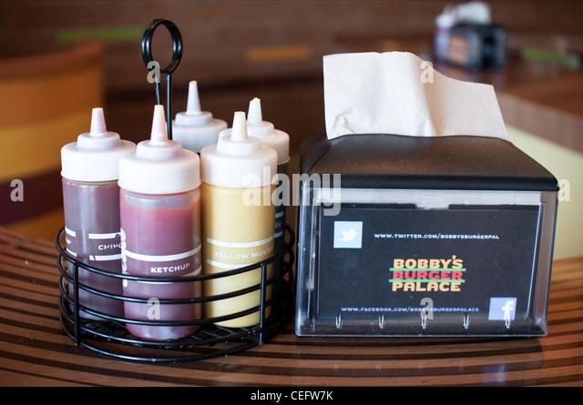 Bobby Flay Burger Restaurant Paramus Nj
