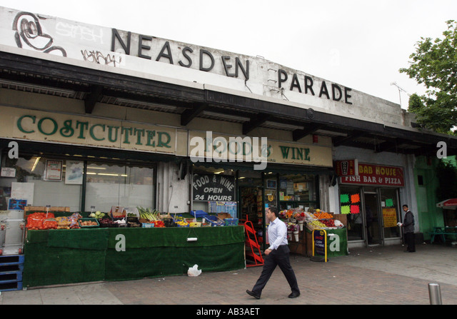 Neasden Shopping Parade, North west London - Stock Image