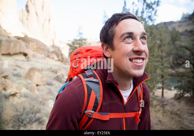Hiker, Smith Rock State Park, Oregon, US - Stock Image