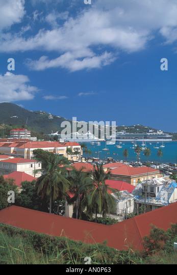 St Thomas USVI charlotte amalie caribbean cruise port harbor cruise ships sailboats hillside - Stock Image