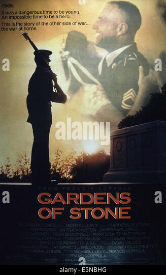 GARDENS OF STONE, embracing from left: Mary Stuart Masterson, James Caan, 1987, © TriStar/courtesy Everett - Stock Image