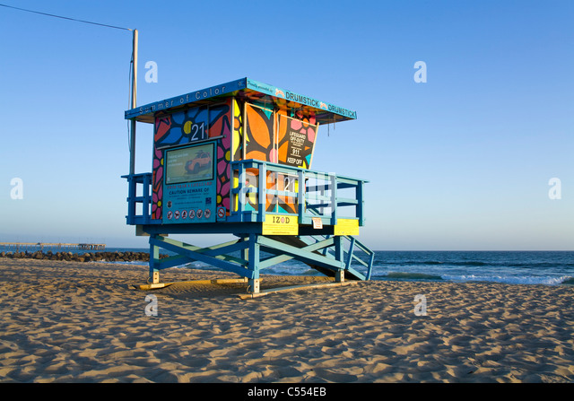 Lifeguard hut on the beach, Venice Beach, Los Angeles, California, USA - Stock-Bilder