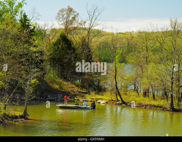 Devils elbow stock photos devils elbow stock images alamy for Devils lake oregon fishing