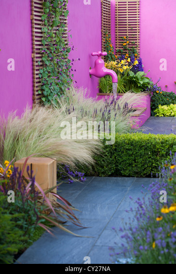 small garden design joe swift html with Modern Garden Water Feature on Pittosporum Tobira furthermore Jardines Premiados Sgd Awards 2015 in addition Pittosporum Tobira together with Stock Photo Small Gardens At H ton Court Royal Horticultural Society Show The 43706065 furthermore Greencube Rhs Show Gardens.