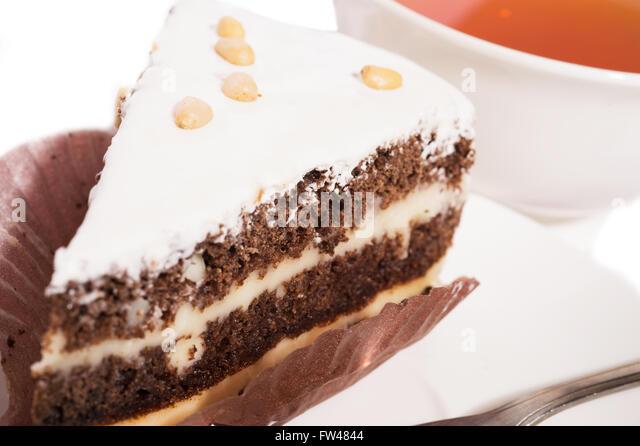 Yellow Cake Fw Uk