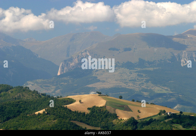 View of the Sibillini Mountains in the Sibillini National Park,Le Marche,near Amandola,Itlay. - Stock Image