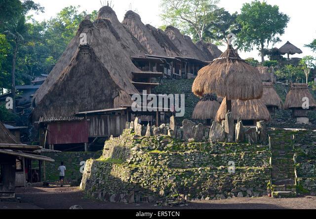 Megaliths and nagadhu und bhaga shrines in Bena, traditional Ngada village, Flores, Nusa Tenggara Timur, Lesser - Stock Image