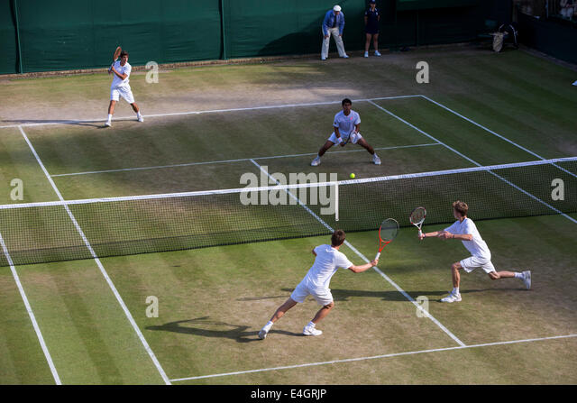 Wimbledon Tennis 2014 Boys' Doubles Final - Court 18  ORLANDO LUZ (BRA) & MARCELO ZORMANN (BRA) v STEFAN - Stock Image