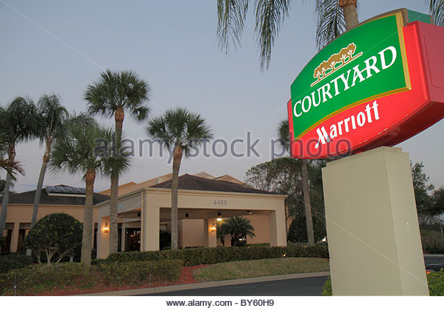 Fort Myers Florida Ft. Courtyard by Marriott hotel motel sign - Stock Image