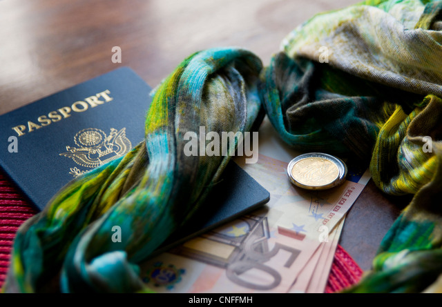 Euro dollar currency and change with travel passport - Stock-Bilder