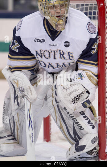 Feb. 3, 2012 - South Bend, Indiana, U.S - Notre Dame goaltender Mike Johnson (#32) in first period action of NCAA - Stock Image