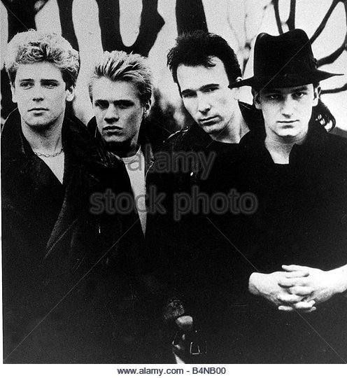 Irish pop group U2 1985 Bono Paul David Hewson The Edge Dave Evans Adam Clayton and Larry Mullen - Stock Image