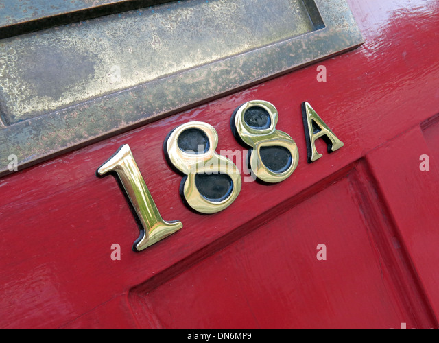 Red door number 118a - Stock Image