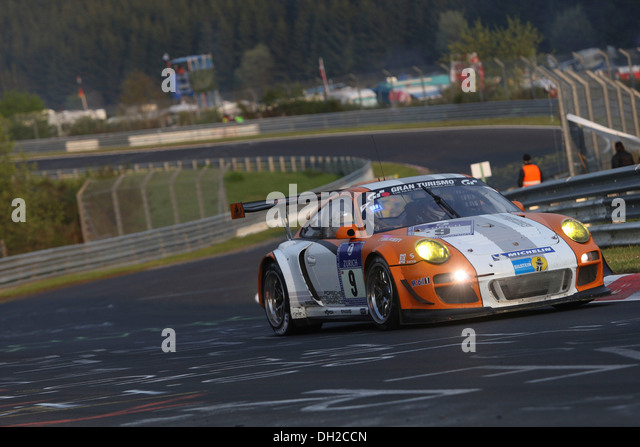 Porsche GT3R Hybrid, a test vehicle driven by Joerg Bergmeister, Richard Lietz, Marco Holzer and Martin Ragginger - Stock Image