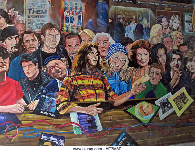Duke Of York Pub,Belfast - Titanic mural artworks Irish famous people - Stock Image