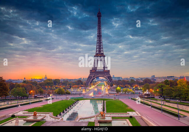 Paris. Cityscape image of Paris, France with the Eiffel Tower during sunrise. - Stock Image