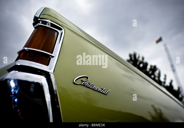 lincoln continental stock photos lincoln continental stock images alamy. Black Bedroom Furniture Sets. Home Design Ideas
