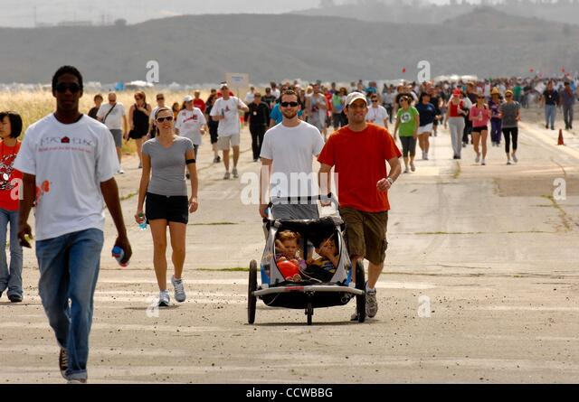 May 22, 2010 - Irvine, California, USA -  The 24th annual AIDS Walk in Orange County. Over four thousand walkers - Stock Image