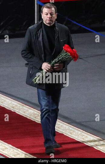 Moscow, Russia. 2nd Mar, 2017. VTB Basketball United League President Sergei Kushchenko pays last respects to ice - Stock Image