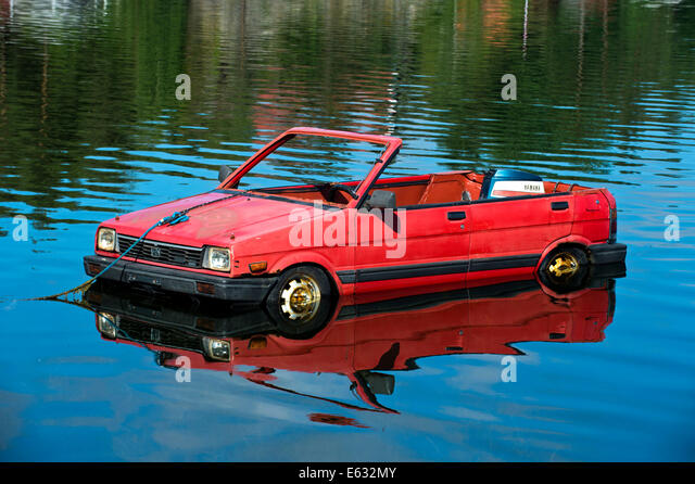 Boat weird stock photos boat weird stock images alamy for Floating rock norway