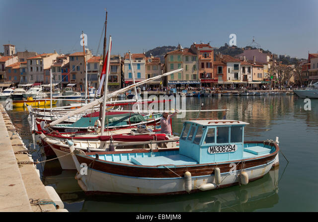 Cassis town stock photos cassis town stock images alamy for Departement bouche du rhone