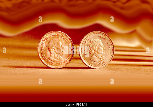 Indian currency five rupees coin and artistic background backside embossed Jawaharlal Nehru Centenary 1989 - Stock-Bilder